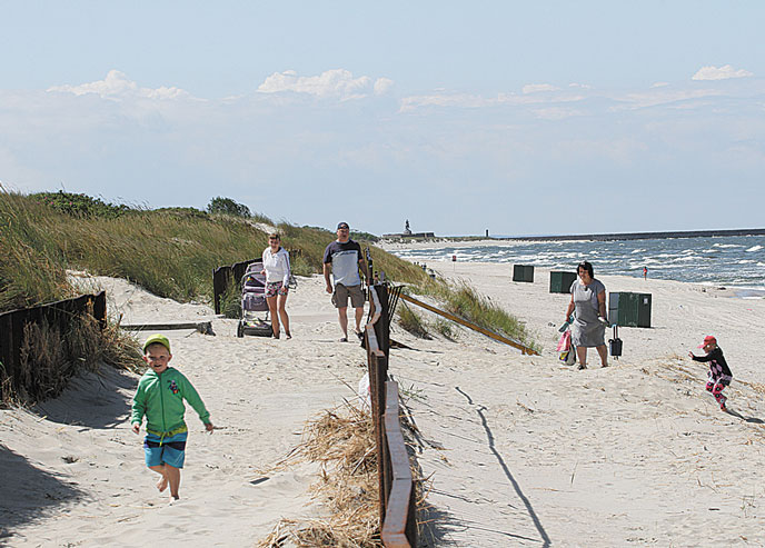 Переодевания на пляже в кустах
