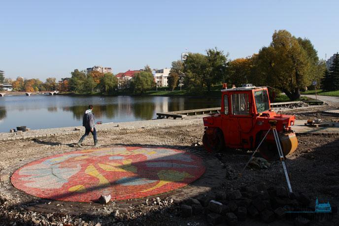 Мэр Калининграда призвал граждан убраться водворах иуехать навремяЧМ
